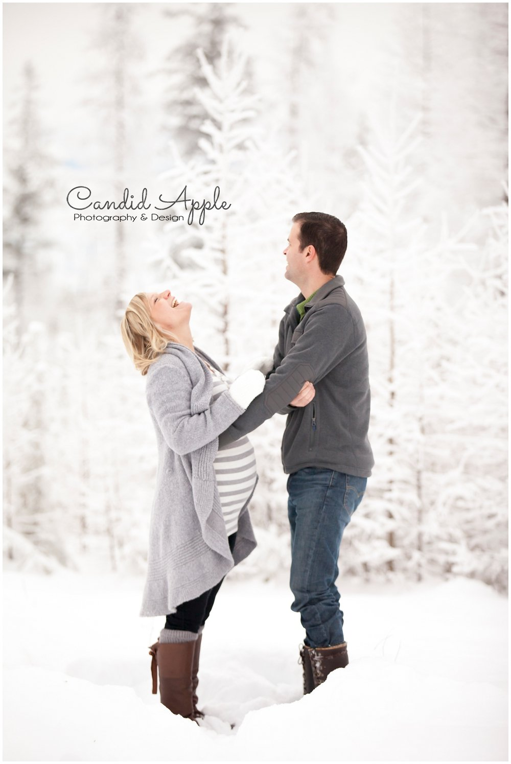 Kelowna_Baby_Bump_Photographers_Winter_TA_0015