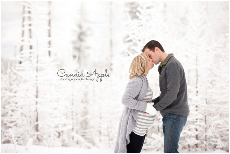 Kelowna_Baby_Bump_Photographers_Winter_TA_0017