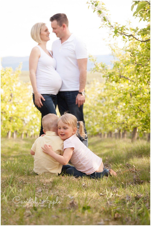 Kelowna_Baby_Bump_Maternity_Portrait_Photographers__0022