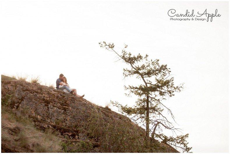 Kelowna_Bertram_Creek_Park_Engagement_Photographers__0021