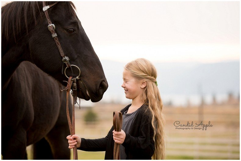 Kelowna_Equine_Family_Lifestyle_Photographers_0004