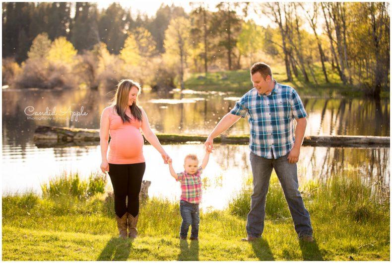 Merritt-Maternity-Baby-Bump-Photographers_0007