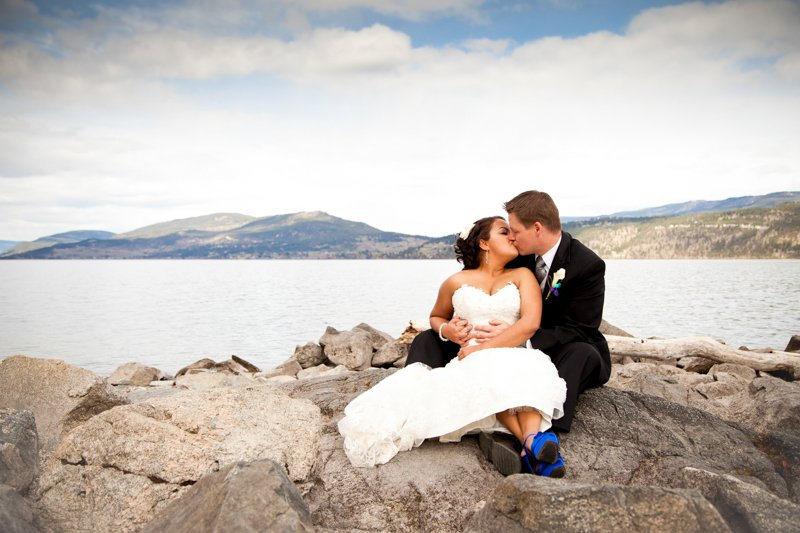 Kelowna-Okanagan-Wedding-Photographers-Photography-Raves-0011