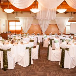 Glitz N' Glam, wedding decor