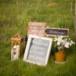 Sugar Pine Design, wedding signs